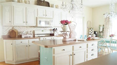 chalk painting kitchen cabinets chalk painted kitchen cabinets never again white lace 5219