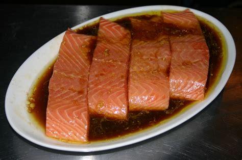 cuisiner pave de saumon pavé de saumon en papillote aux saveurs d 39 asie le goût des voyages