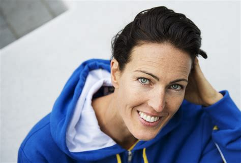 Malin therese alshammar born 26 august 1977 in solna is a swedish swimmer who has won three olympic medals 25 world championship medals and 43 european ch. Therese Alshammar - Simlandslaget
