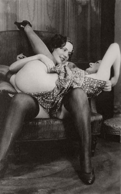 Classic Vintage Lesbian Eroticanudes 1930s Monovisions