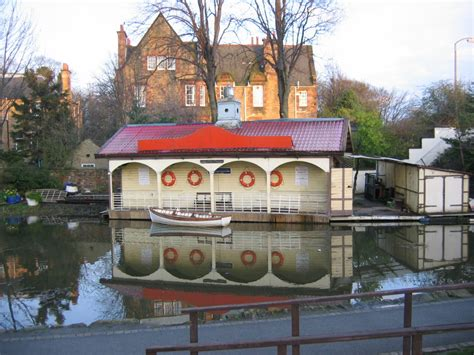 Boat Sales Edinburgh by Union Canal