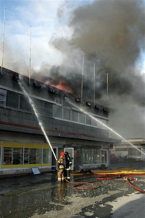 fabbrica ladari paderno dugnano incendio eureco paderno dugnano blocco meda