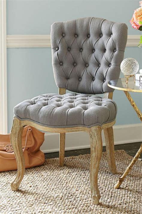 chaise capitonn e grise emejing chaise capitonnée grise photos joshkrajcik us