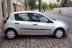 Voiture Clio 3 : la renault clio une voiture d 39 occasion avec un caract re tout neuf riad mehdiriad mehdi ~ Gottalentnigeria.com Avis de Voitures