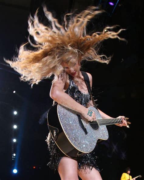 Taylor Swift | Taylor swift fearless, Taylor swift album ...