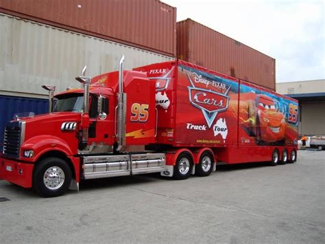 photo mack truck cars