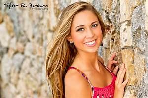 Senior Portrait Posing Tips For The Girls