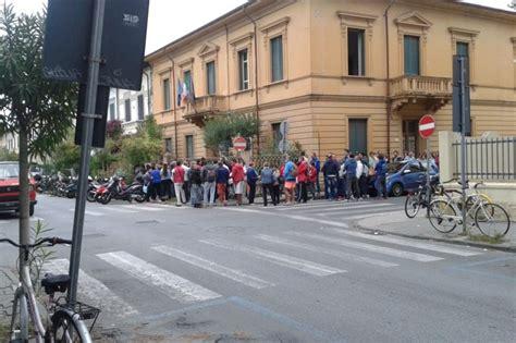 Ufficio Impiego Lucca Iscrizione Alla Disoccupazione Code Al Centro Per L