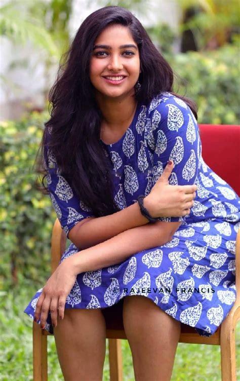 actress karthika muralidharan facebook karthika muralidharan malayalam actress photos 4 babies