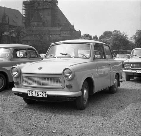 Bundesarchiv Bild 183-p0619-306, Trabant 601.jpg