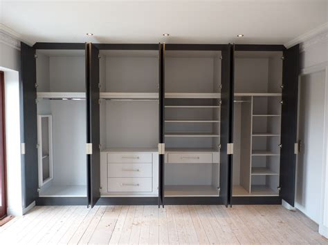 Wardrobe Cabinets With Doors by White Gloss Acrylic Built In Wardrobe With Sliding Door
