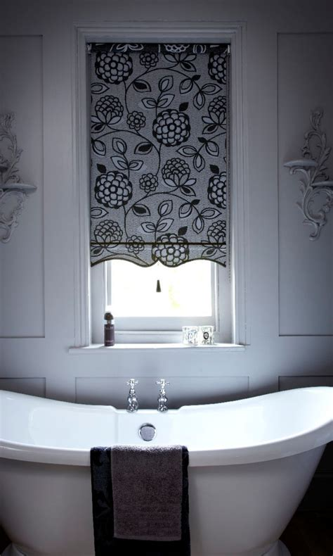 Small Bathroom Blinds by Best 25 Waterproof Blinds Ideas On Small