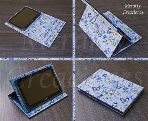 """Funda para tablet de 10"""" realizada con carton y tela"""
