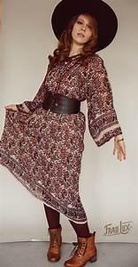 70s Indian Red Flower Midi Kleid Frau Lux Vintage