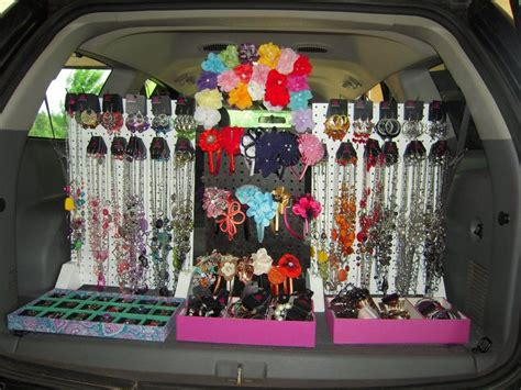 Awesome Idea! You Can Literally Sell Paparazzi Jewelry & Accessories, Anywhere!!!