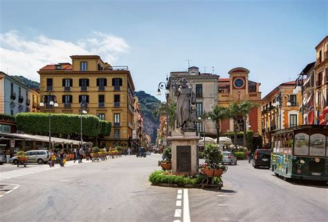 Piazza Tasso, Sorrento - Wikipedia