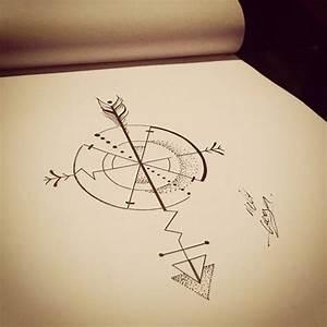 Dessin Fleche Tatouage : idee tatouage boussole avec fleche tatouage femme ~ Melissatoandfro.com Idées de Décoration