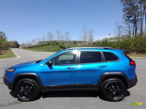 hydro blue jeep 2017 hydro blue pearl jeep cherokee trailhawk 4x4