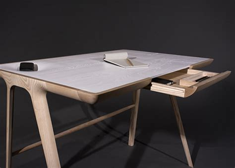 l 39 objet pratique et design desk de studio