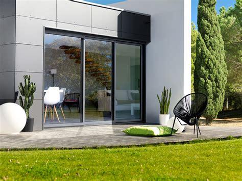 brise vue cuisine baie coulissante aluminium 3 rails baie vitree galandage