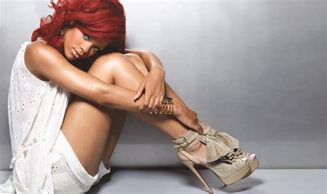 Wallpaper Rihanna Singer Women High Heels Holding