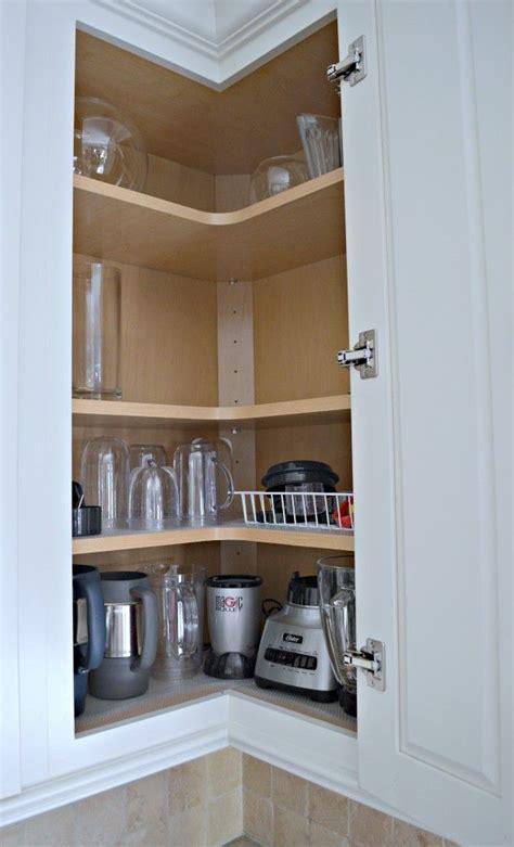 Corner Kitchen Cabinet Organization Ideas by 17 Best Ideas About Corner Cabinet Kitchen On