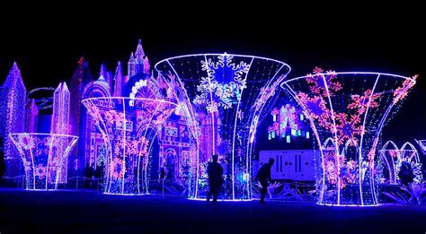 festival of lights houston magical winter lights brings world to evening festival houston chronicle