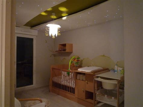 luminaires chambre enfant plafonnier design pour chambre deco chambre peinture
