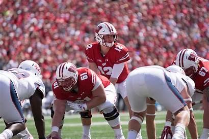 Football Wisconsin Quarterback Northwestern Wildcats Ten Badger