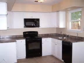quakertown 4 bedroom house for sale black appliances