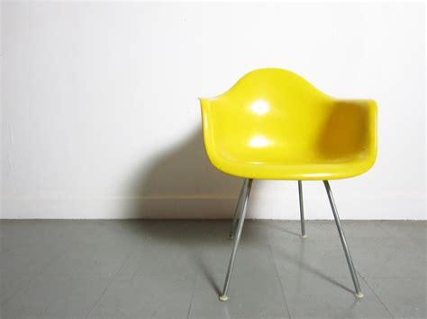 yellow chair cushion chair yellow chair foundation