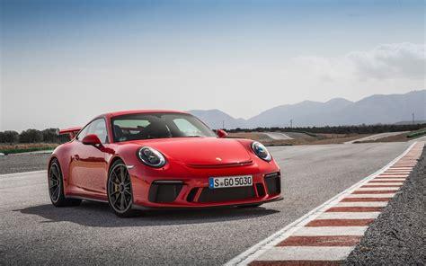 2018 Porsche 911 Gt3 Guards Red Wallpapers