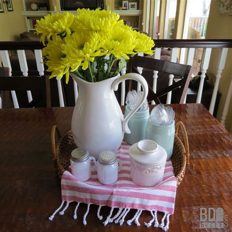 easy table centerpieces  everyday kitchen table