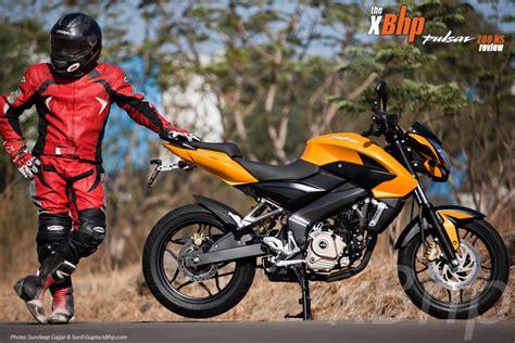 Bajaj Rouser 4k Wallpapers by Bajaj Pulsar 200ns Review Xbhp S Ride Report