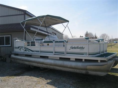 Sweetwater Pontoon Boat Seats 1997 sweetwater 20 pontoon boat w 30hp mercury central