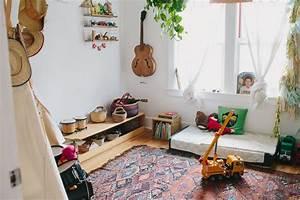 ide comment amnager une chambre montessori tapis oriental With tapis enfant avec canapé peu profond