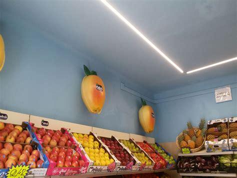 Scaffali Per Frutta E Verdura Arredamento Ortofrutta Como Arredo Negozio Alimentari