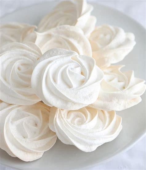 easy simple vanilla meringues paint on a food