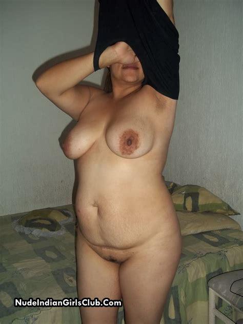 Xossip Desi Aunty Nude