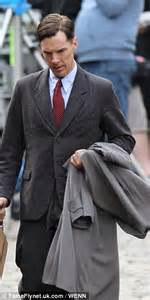 benedict cumberbatch shows    slicked  style