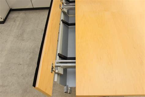Neudoerfler Elektrisch Höhenverstellbarer Tisch Gebraucht