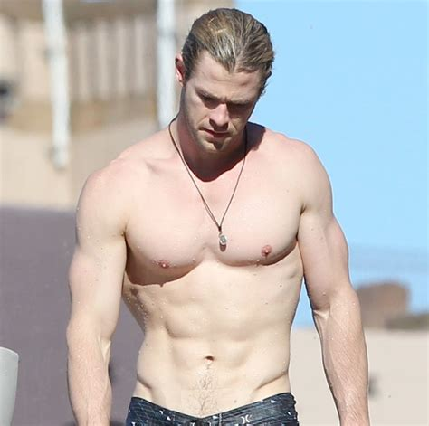 Chris Hemsworth Named People's Sexiest Man Alive 2014