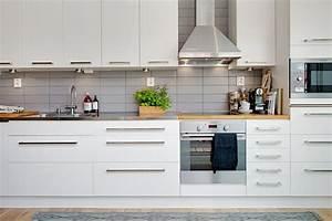 Kuchenruckwand fliesen innenarchitektur und mobelideen for Küchenrückwand fliesen
