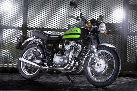 Kawasaki W800 Image by Kawasaki W800 Chrome Edition Image 13