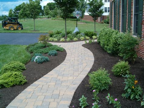 paver walkway ideas paver walkways divine landscaping inc