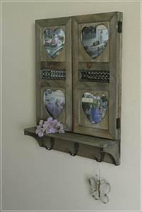 Holz Spiegel Mit Ablage : wandspiegel mit bilderrahmen herz mit ablage und 3 haken holz usedlook neu ebay ~ Indierocktalk.com Haus und Dekorationen