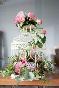 idees de decoration salle de mariage avec des fleurs With chambre bébé design avec bouquet fleur mariage