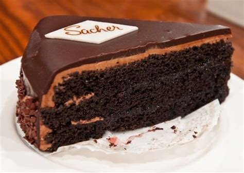 sacher torte sacher torte the best in the world worth the wait out in the cold for 30 minutes ohhhh