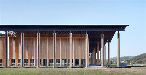 Azl Architects Tops Internet Conference Center In Rural