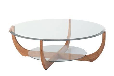 cuisine blanc et noyer table de salon verre et coeur de hêtre ronde